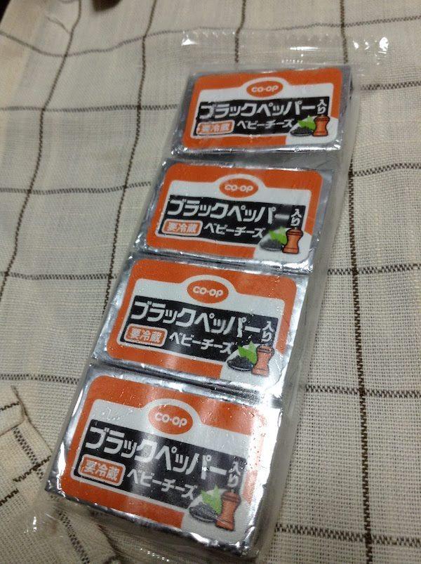 コープ ブラックペッパー入りベビーチーズ60g(4個)