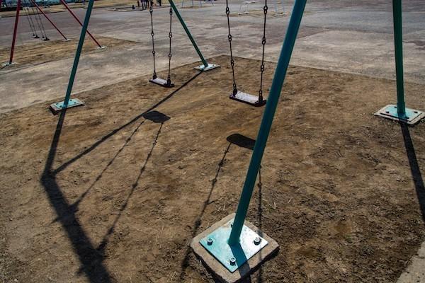「公園で遊ぶな。他へ行け」と近所から注意・苦情を言われた際の対応