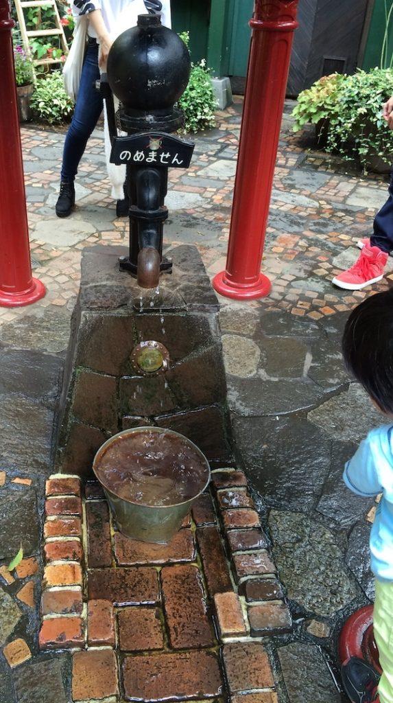 三鷹の森ジブリ美術館の井戸