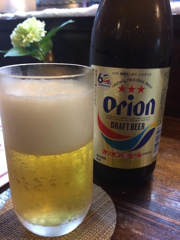 夕食はゆうなんぎいなる居酒屋で沖縄料理を食べるのがおすすめ
