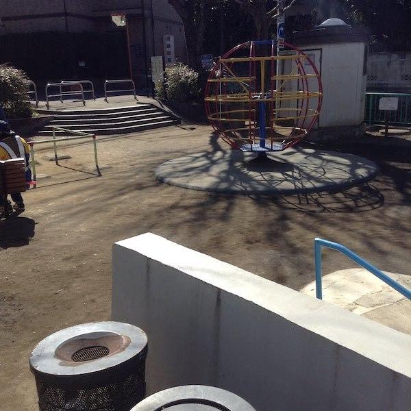 新宿区で中井駅・落合駅周辺の子供の遊び場におすすめの公園とランチ