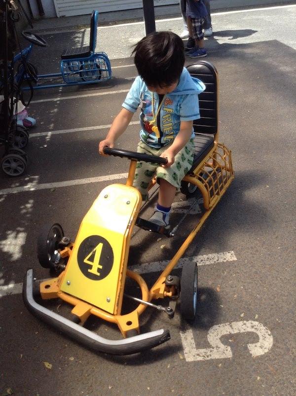 世田谷公園の子供におすすめミニSL,ゴーカート,プレーパークとランチ