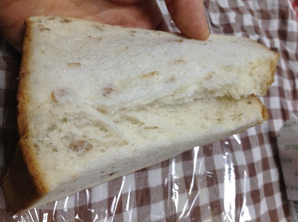 木村屋總本店(キムラヤ)ライ麦パンの味・食感等の感想・評価