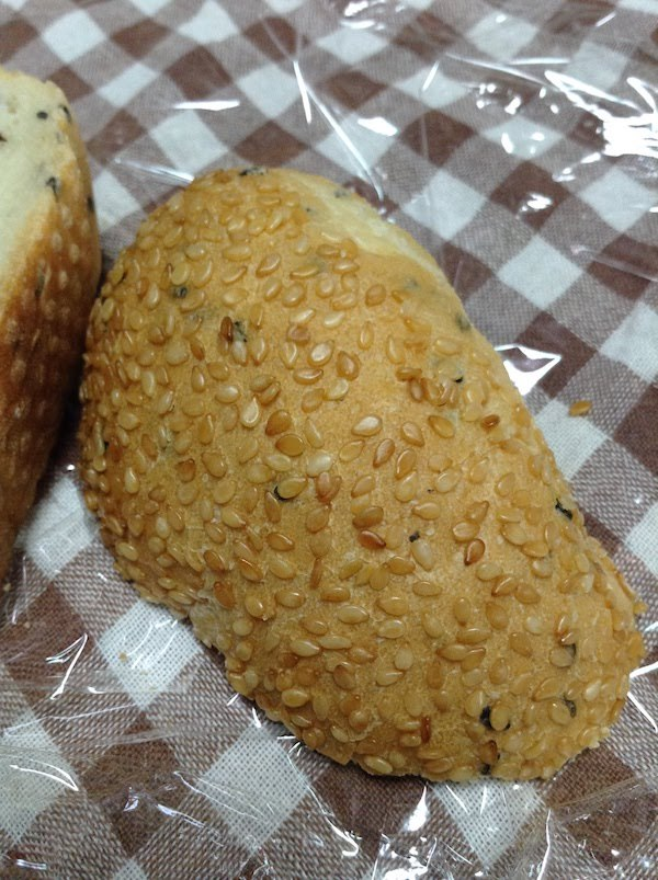 VL香ばしいごまフランスパン6枚(ローソン)の味・食感等の感想・評価とおすすめレシピ