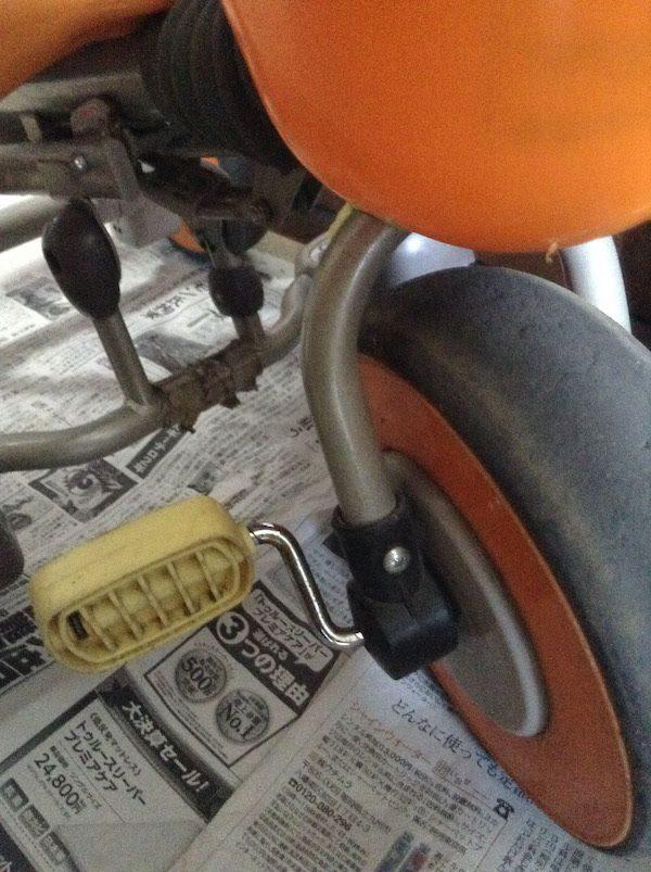 アイデス・コンポ・ネオの三輪車はペダルに足が届かないうちからでも乗れる