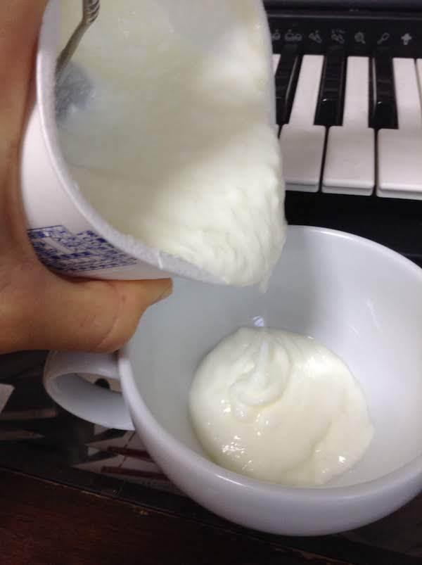 共進牧場無脂肪ヨーグルト400g(プレーン)の味・食感等の感想・評価