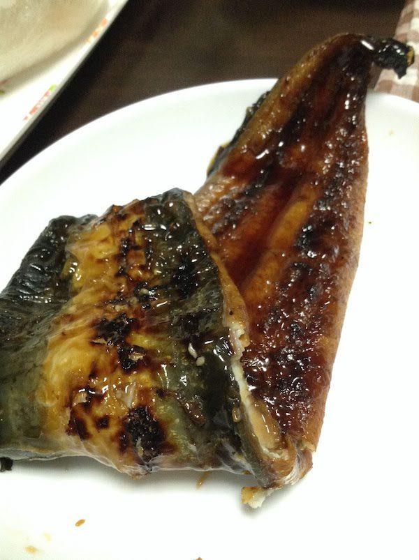 鰻楽のうなぎは大きくてふっくら柔らかくて脂も乗っていて最高