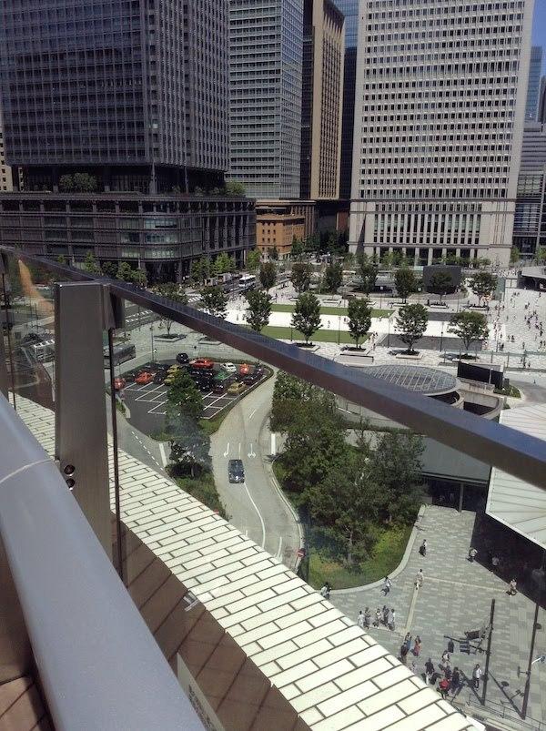 KITTE(キッテ)の屋上から電車・新幹線・車を眺める