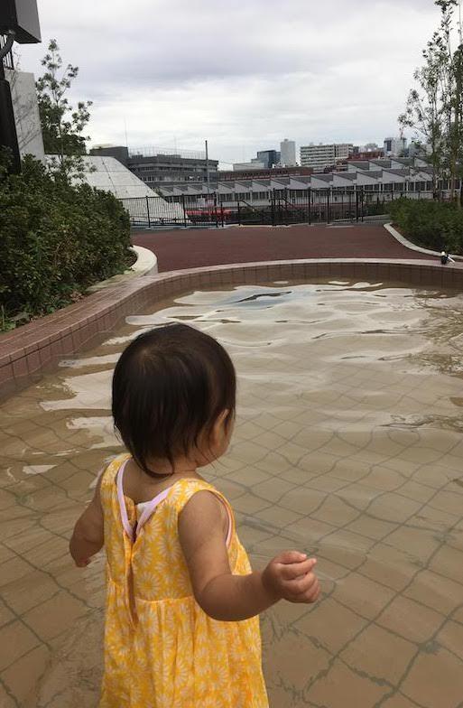 中野区立広町みらい公園の遊具、じゃぶじゃぶ池等